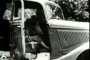 [WARNING GRAPHIC FILM FOOTAGE] Rare Historical Bonnie & Clyde Ambush Film